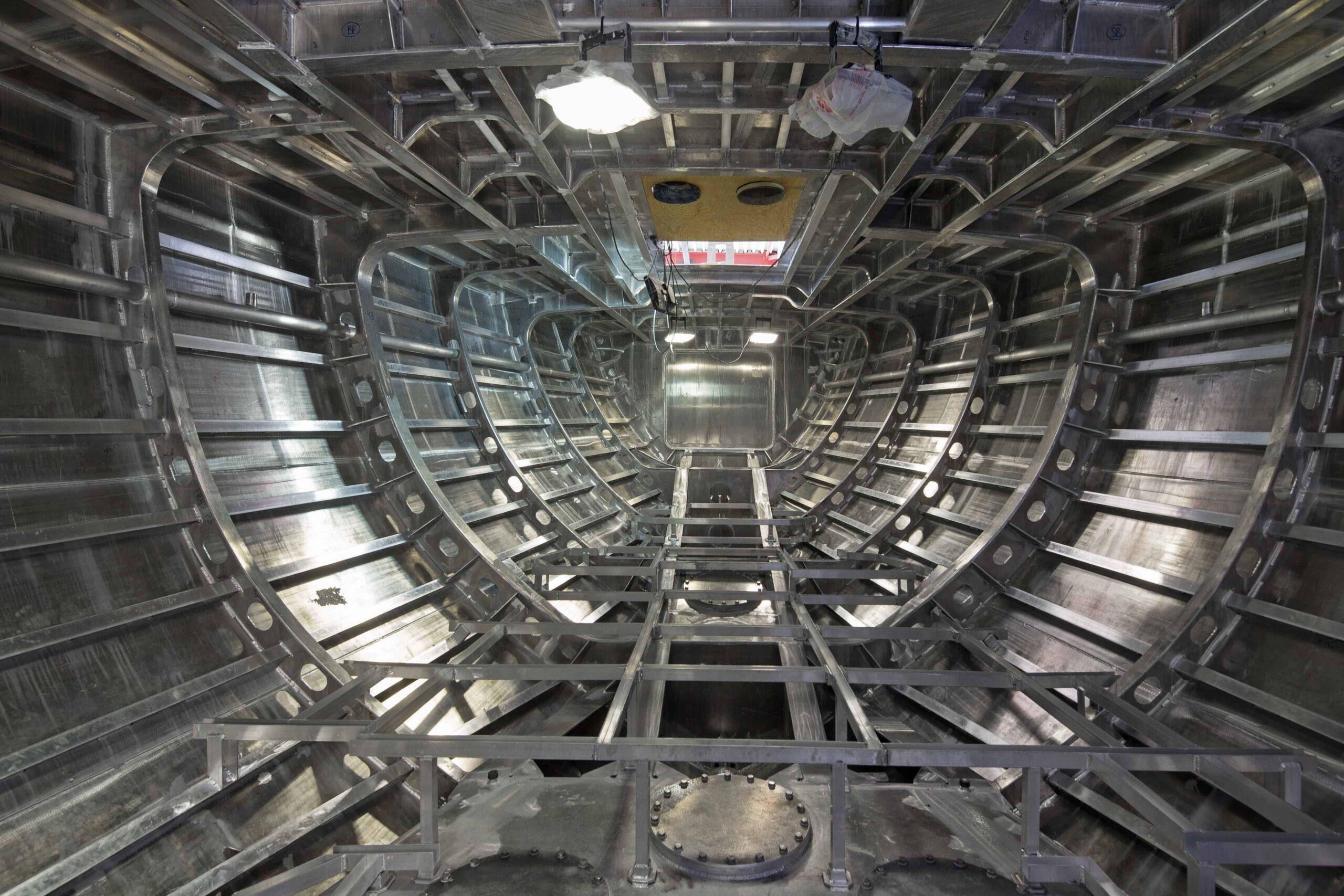Aluminium hull of sailing boat